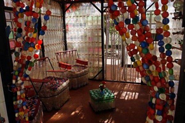 Plastic bottle cap curtain