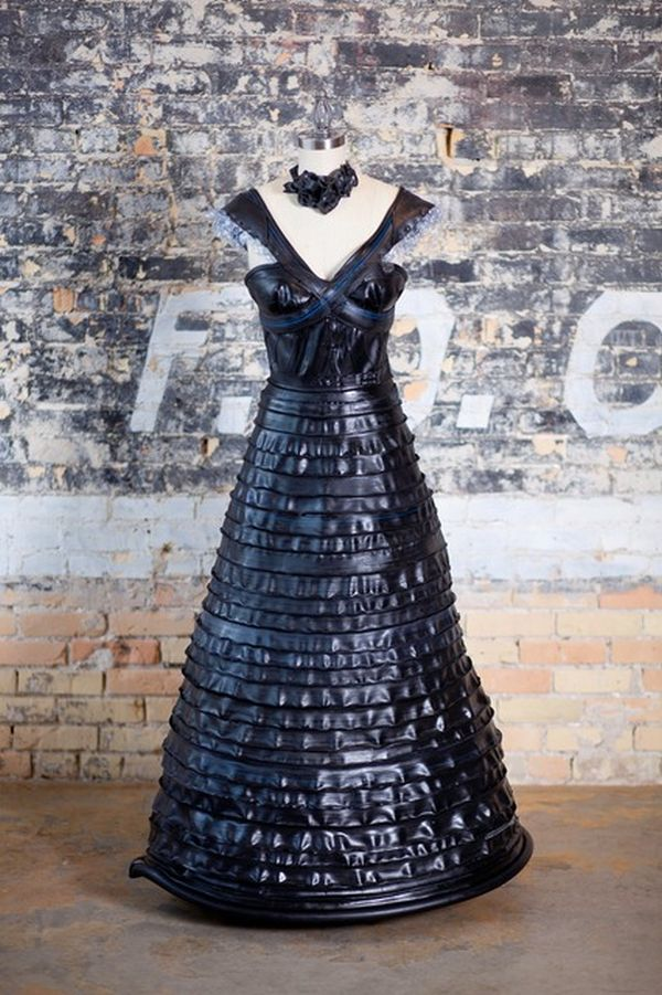 Bicycle tire dress