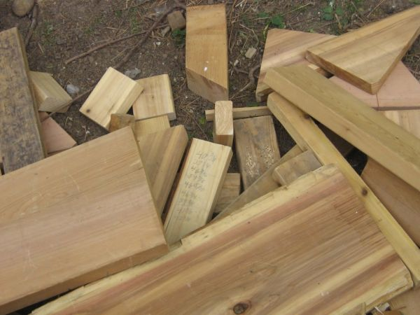 Scrap Wood Pieces become Wood Pushers