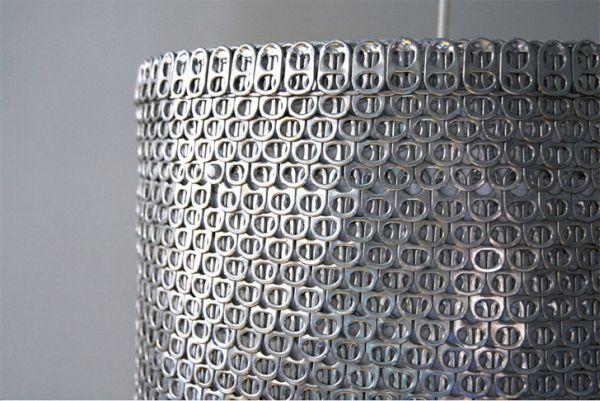 Aluminum pull-tabs lamps