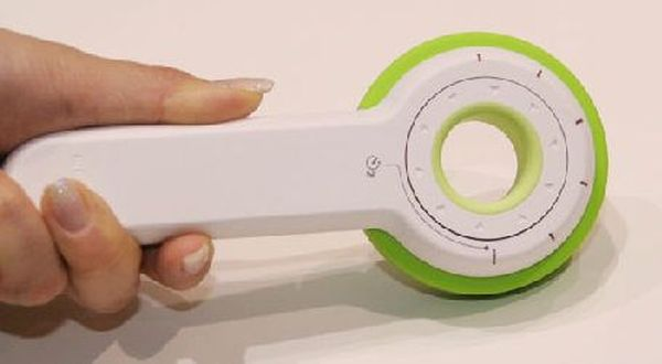 Sony-Odo Twirl N' Take Hand powered digital camera