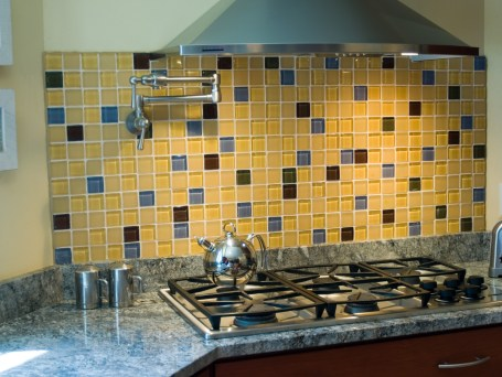 Experience the depth of our bubble tiles. Available in 50 different colors.