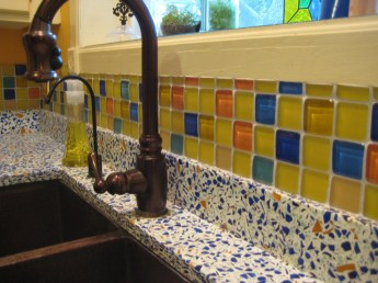 Bubble tiles carribbean mix next to Vetrazzo Countertop.