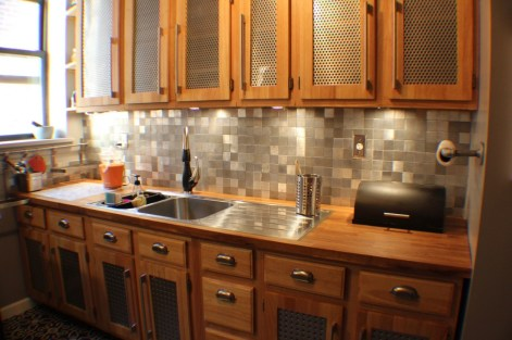 2 x 2 aluminum backsplash no grout
