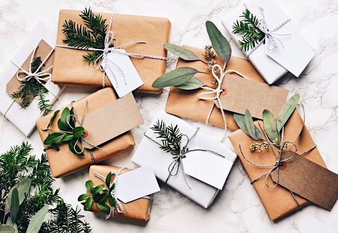6 Holiday Gifts Ideas » Zero Waste, Vegan + Affordable AF