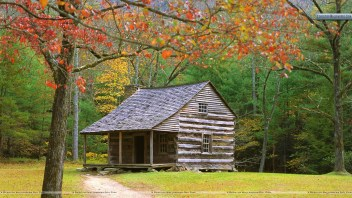 historic-log-cabin-in-the-smoky-mountains