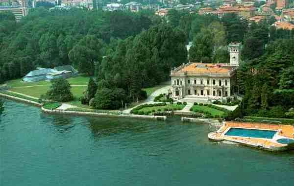 Civitas/ Il Comune rinunci a Villa Erba