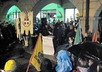 In piazza con Libera Como contro le mafie