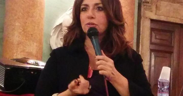 Lorella Zanardo/ Manifestare, protestare, indignarsi