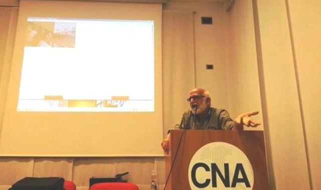 La questione migranti affolla la Cna per il microfono aperto di ecoinformazioni