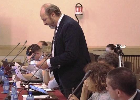 Salvare viale Varese/ L'opposizione è con gli ambientalisti contro il parcheggio