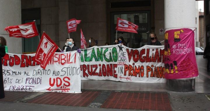 Uds Milano in piazza per la scuola