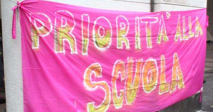 26 marzo/ Priorità alla scuola