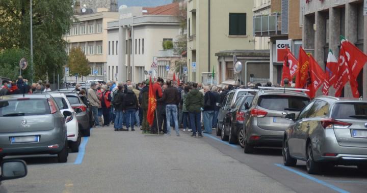 Presidio alla Cgil contro l'irruzione fascista a Roma