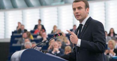 Il nuovo esecutivo di Macron che guarda a destra ma non piace alle donne