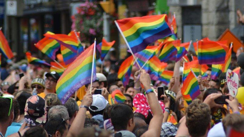 arcobaleno bandiere