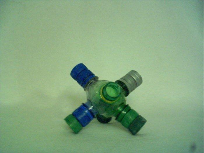 Juguete didáctico con materiales reciclados2