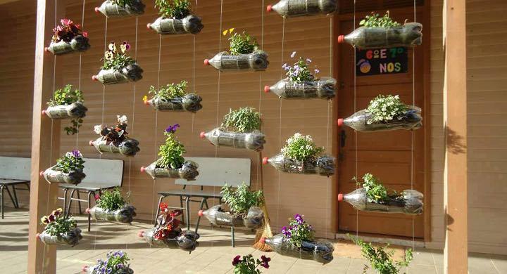 jardines verticales con botellas de plstico
