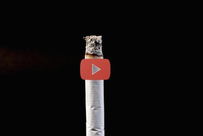 Un anuncio con un punto de vista diferente pero donde explican claramente lo que se está fumando