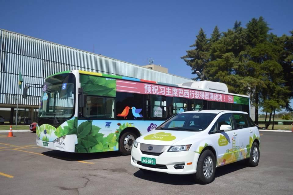 Taxi y autobuses electricos china