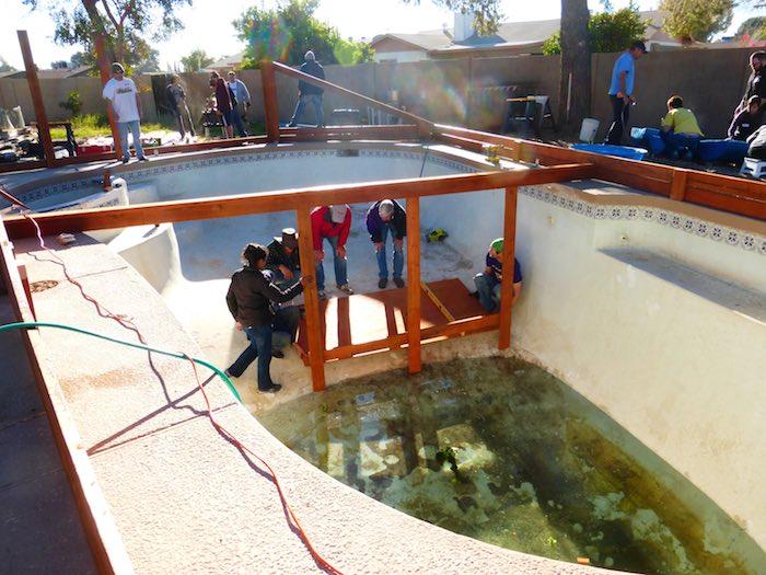 huerto-piscina-construccion