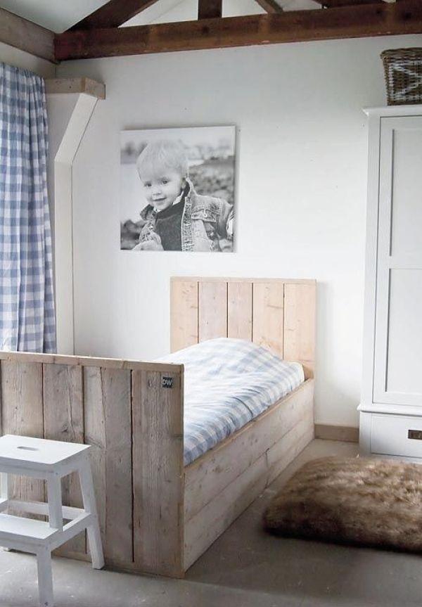 Ideas originales para decorar dormitorios con palets - Camas con palets ...