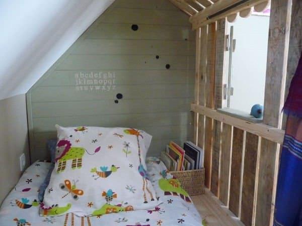 Dormitorio con palets interior