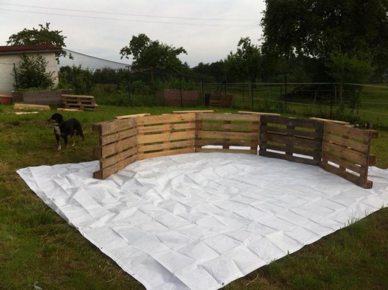 C mo hacer una piscina con 10 palets for Galpon de madera para jardin