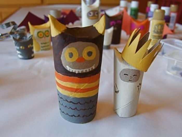 Criaturas para Halloween con rollos de papel higiénico4