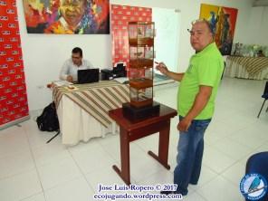 Secretario Mauricio Esquivel (primer plano) y el juez Alejandro Solano. Foto: Jose Luis Ropero.
