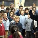 Les élève chantant lors de la galette des rois 2019 à l'école Notre Dame de l'Espérance