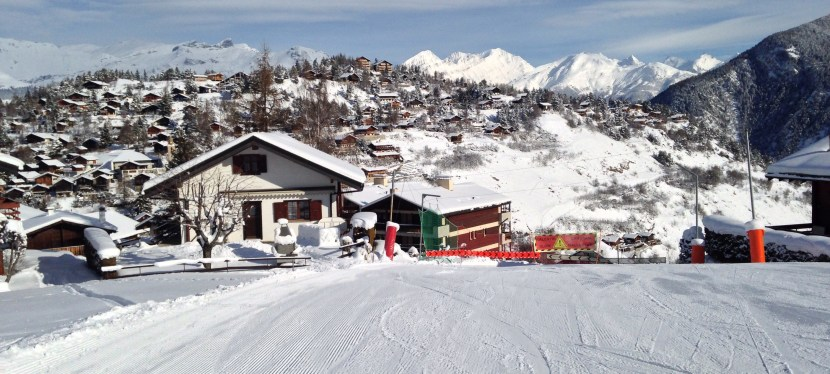 Ski sun And snow