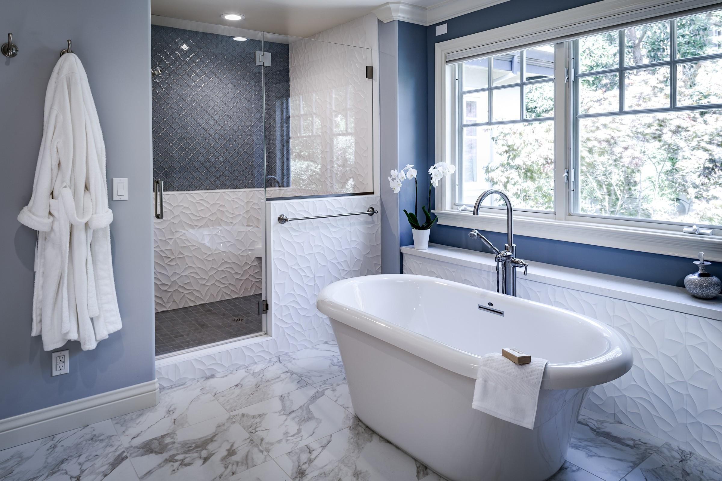 Award-Winning-Bathroom-Remodel-01