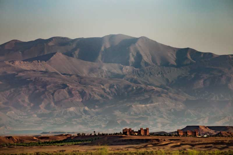atlas-mountain-view-from-ecolodge-lile-de-ouarzazate_