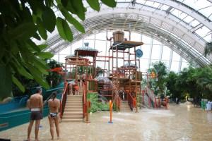 Parc d'attractions sous bulle - Center parcs des 3 Forêts