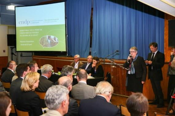 Claude Brévan présidente de la CPDP le 24 avril 2015 à Marizy- Flickr