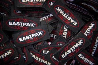 Eastpak_F20_RE-BUILT TO RESIST_campaign_07
