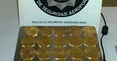Secuestran 107 monedas de oro valuadas en más de 23 millones de pesos en el Aeroparque Jorge Newbery