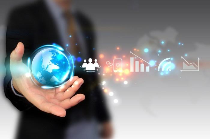 Era digital: pasos para liderar un negocio