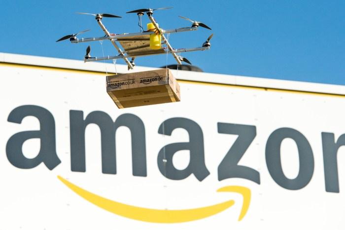 La nueva jugada de Amazon: patenta una red de estaciones móviles para drones