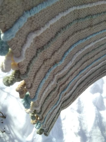 backside of woven mat