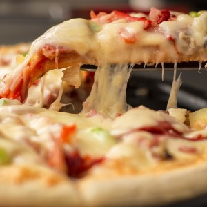 Weekly Economic News Roundup and free pizza
