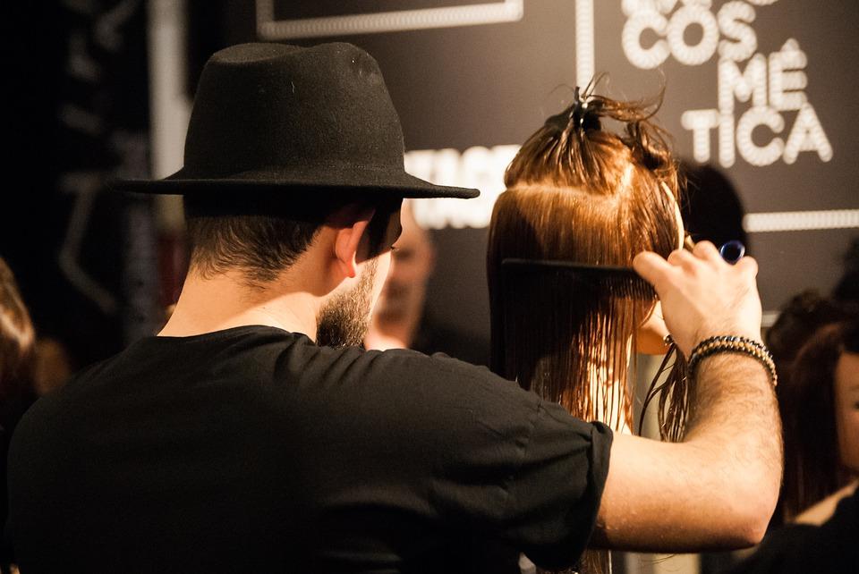 A economia da beleza: o setor de higiene pessoal, perfumaria e cosméticos