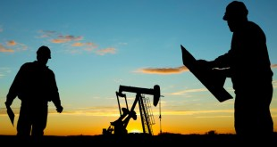 EE.UU. batirá récord de producción de petróleo y superará Arabia Saudí