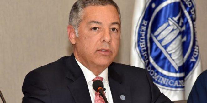 Ministro de Hacienda califica nueva emisión de bonos como un hito para RD