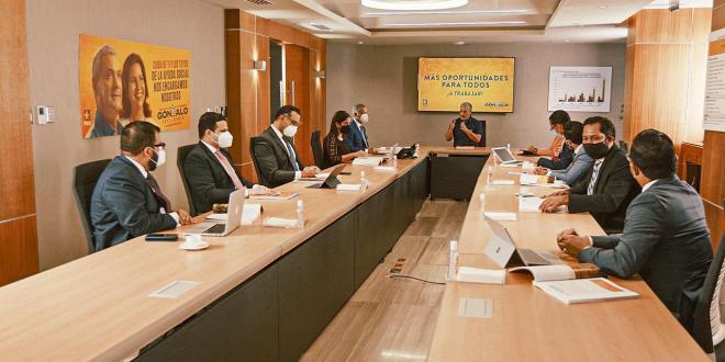 Gonzalo Castillo presenta equipo económico que lo acompañara en su gestión de gobierno 2020-2024
