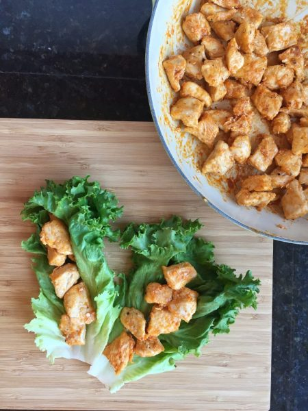 Healthy Buffalo Chicken Bites with Lettuce