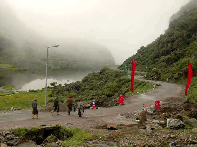 India, China troops hold meet along border - timesofindia ...