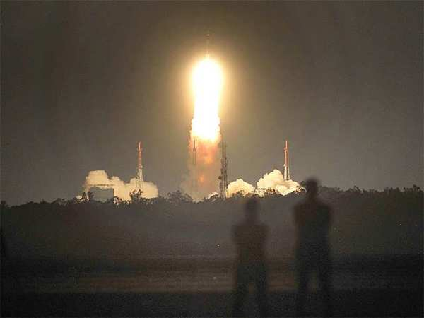 ISRO Launch PSLV: ISRO sends record 104 satellites in one ...