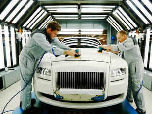 Sri Lanka today said it has no plans to import BMW and Rolls Royce cars for CHOGM summit with the opposition saying it would be a wasteful expenditure.